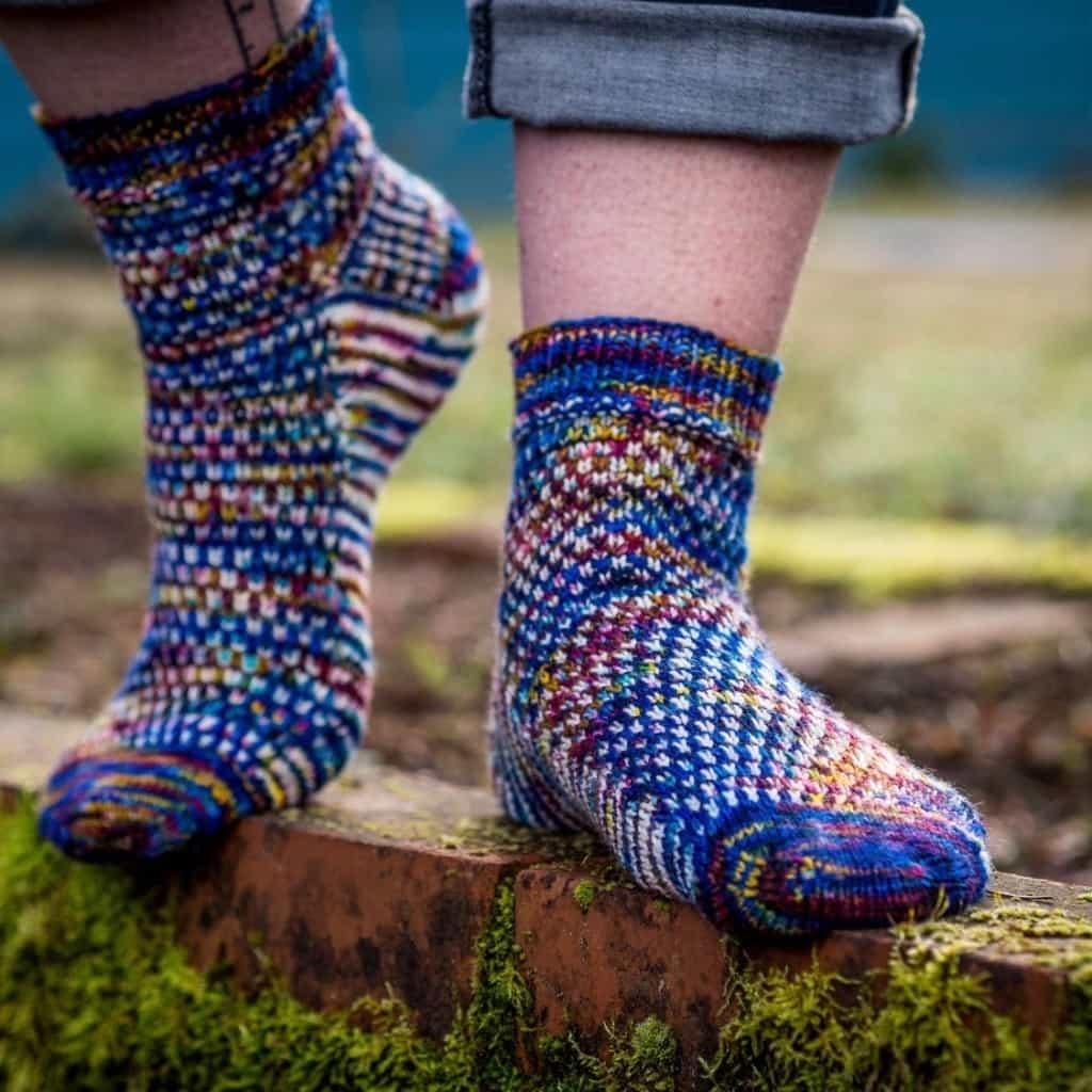 Abuzz Socks